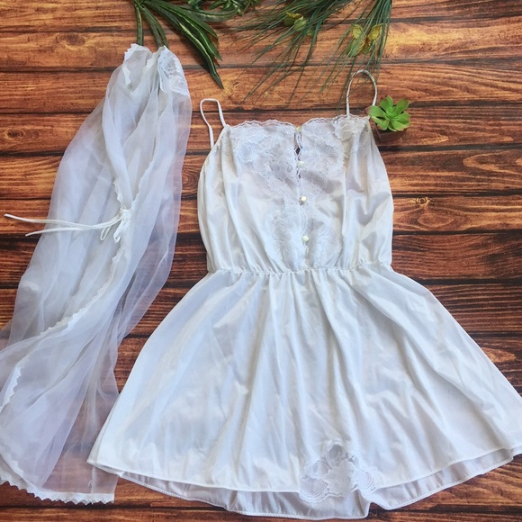 04328cbf560e nancy king Intimates & Sleepwear   Two Piece Set Solid White Gown ...